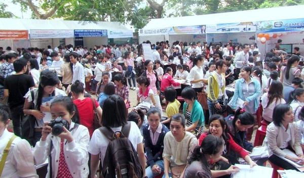 iViettech tham gia ngày hội việc làm tại Đại học Duy Tân