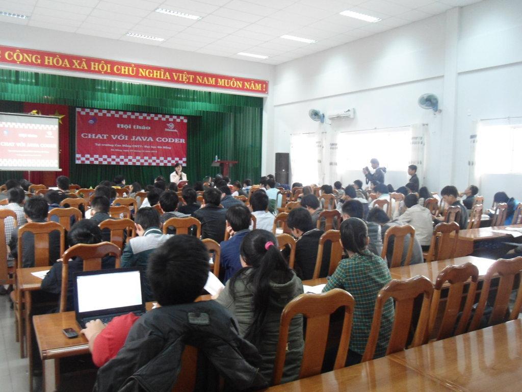 Hội thảo Chat với Java Coder tại Cao đẳng CNTT – Đại học Đà Nẵng