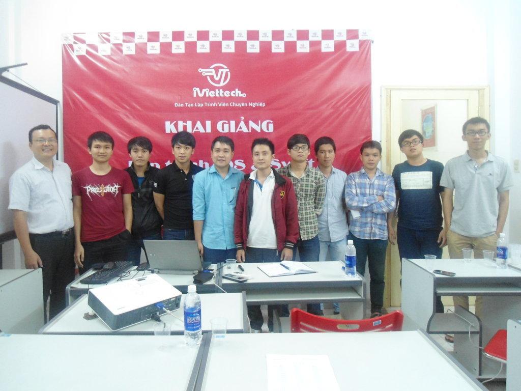 Khai giảng khóa học Lập trình iOS – Swift đầu tiên tại Đà Nẵng
