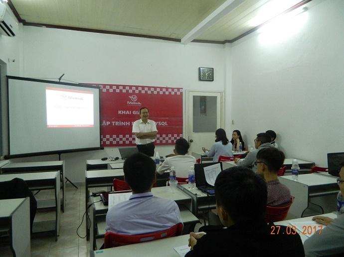 🎓Khai giảng khóa Lập trình Web với PHP & MySQL: PH18 🌟
