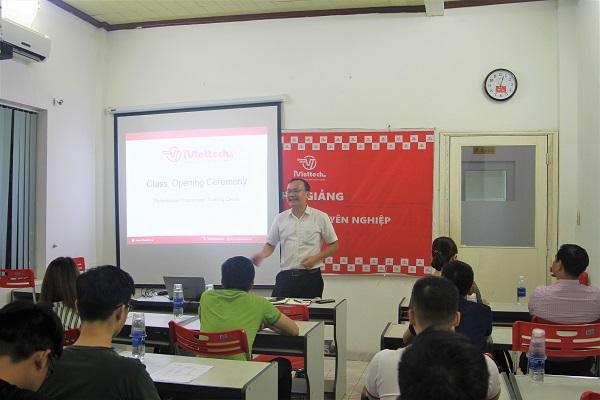 KG: Lập trình viên chuyên nghiệp PR29 ( Học chính thức 09/09 – Còn 3 chỗ)